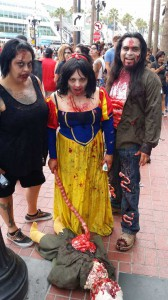 Comic Con 2014 Costume Zombie Princess