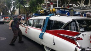 Comic Con 2014 Ghostbusters Ecto1 be3n