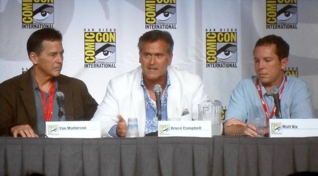 Bruce Cambell at Burn Notice Panel